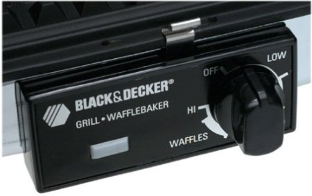 Black-And-Decker-G49TD-Sandwich-GrillWaffle-Baker-0-1
