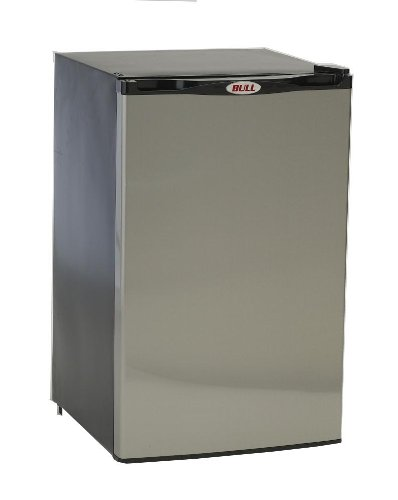Bull-Outdoor-Products-11001-Stainless-Steel-Front-Panel-Refrigerator-0